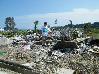 His house was there before the Tsunami ...